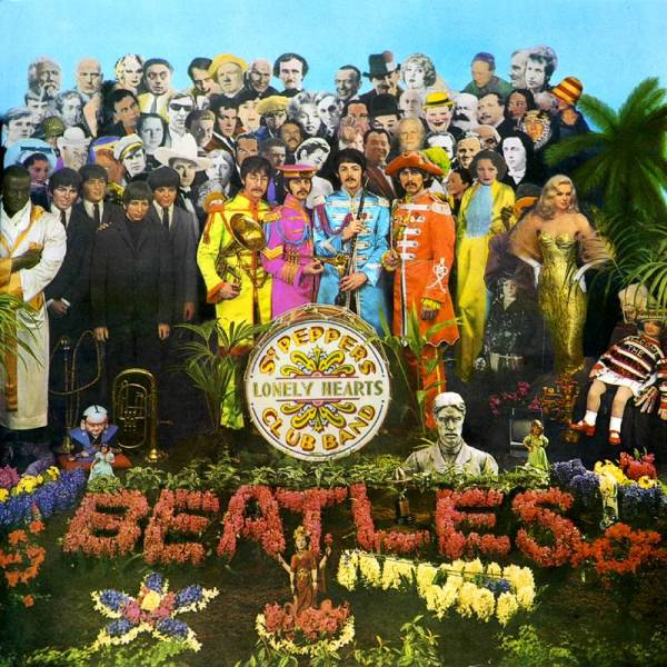 Great Album Covers - Record Album Cover Sgt Pepper's Lonely Heart's Club Band by the Beatles in 1967